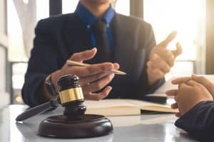 How to Prepare for the Initial Meeting with a Divorce Lawyer